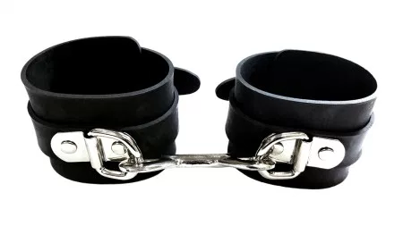 ROUGE RUBBER ANKLE CUFFS